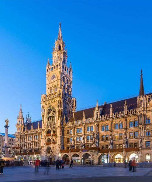 panorama of marienplatz in munich city at night