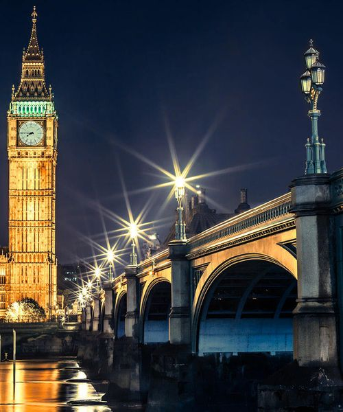big ben at night time in london