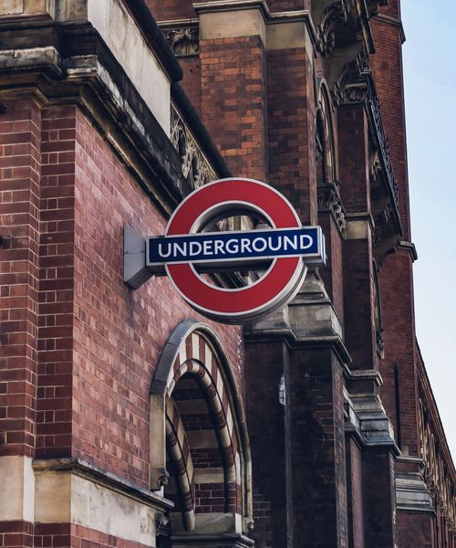entrance to the london underground tube