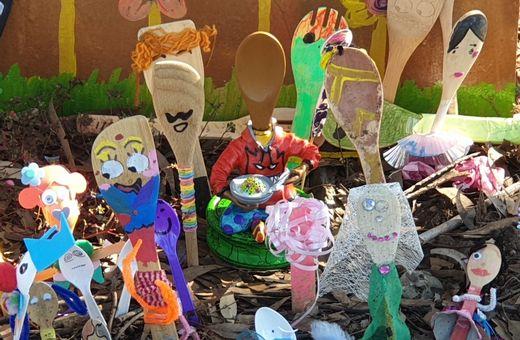 Eckersley's Art & Craft: Spoonville International