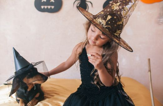 From Simple To Spooktacular: 5 Costume Ideas For Halloween