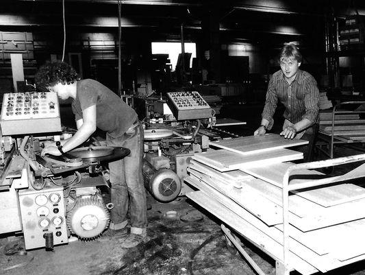 P.MAX Möbelproduktion in den 1970er Jahren.