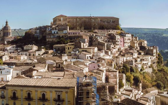 view-of-sicilian-city-ragusa-on-a-hill
