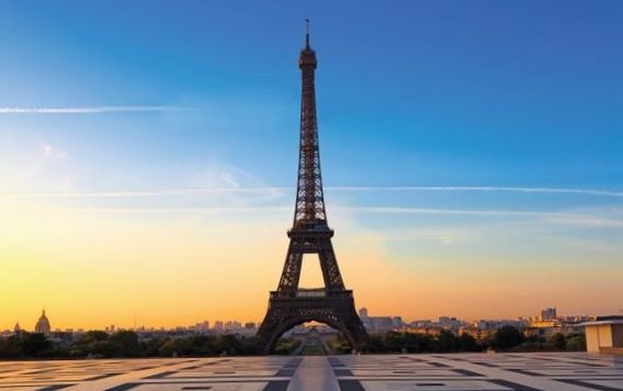 eiffel tower in paris as sunrise