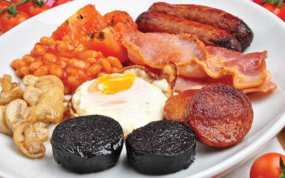 plate of irish breakfast foods