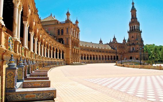 plaza de espana in seville spain on a sunny day