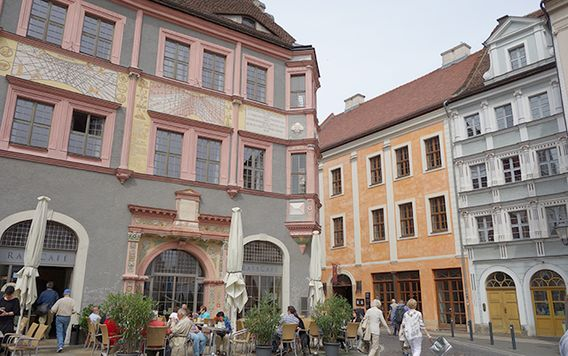 crowds of people walking around gorlitz city center in germany