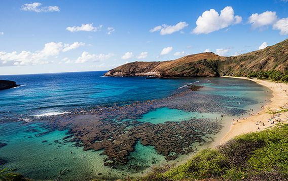 hanauma bay in oahu hawaii