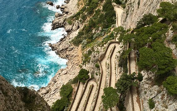 path of the gods path in capri italy