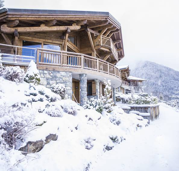 Outside view of Omaroo I luxury chalet in Morzine during winter