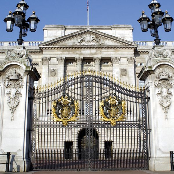 gates closed at buckingham palace in london england