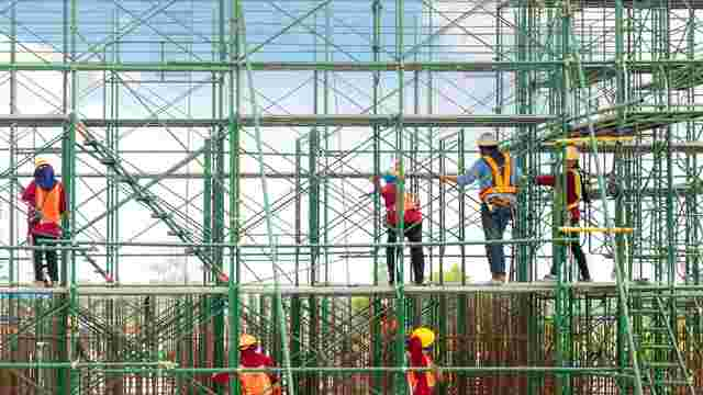 Construction Safety scaffolding and equipment keep construction teams safe on site.