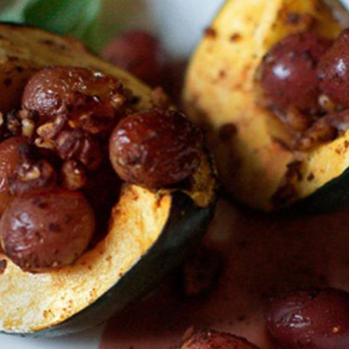 Roasted Acorn Squash and Grapes with Walnuts