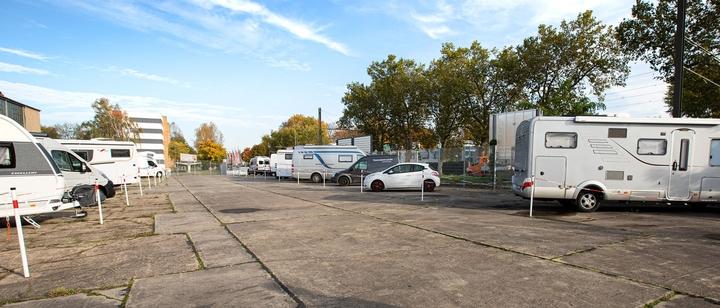 Wohnmobil-Parkplatz zum Mieten in Berlin