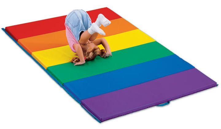 Gymles met matten 2, kleuteridee.nl, kleuters bewegen op de mat