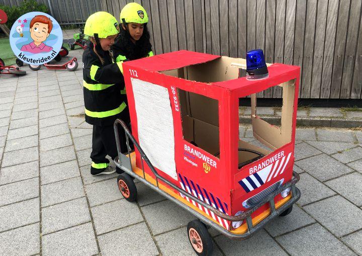 brandweerwagen knutselen op de stuurkar, thema brandweer, kleuteridee, fire fighters kindergarten theme 3