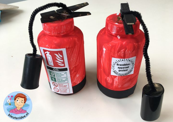 brandblusser knutselen, thema brandweer, kleuteridee, kindergarten fire fighters theme craft