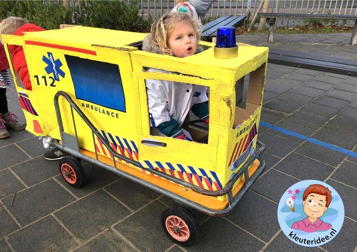 Rollenspel ambulance, kleuteridee