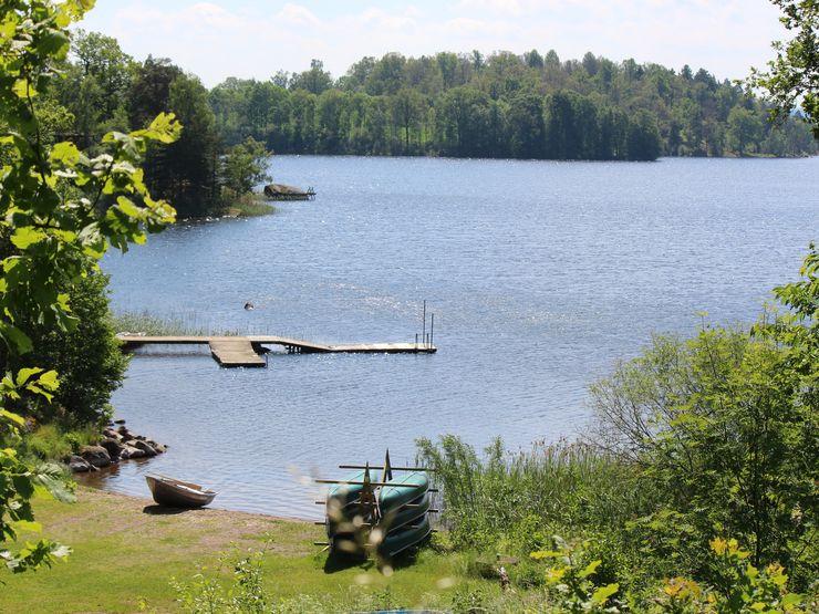 Badplats vid sjön Åsunden