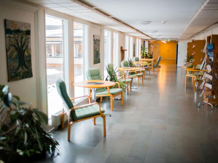 Liljeholmens folkhögskola korridor
