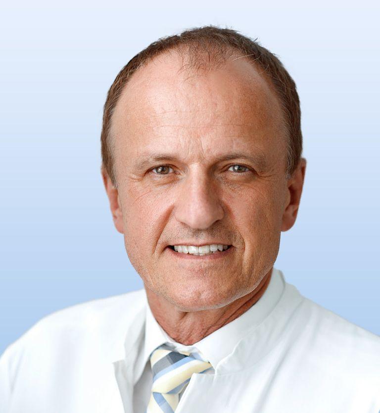 Prof. Dr. Dr. med. R. Baumgart