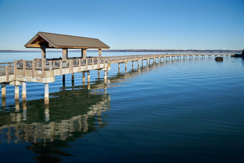 Boulevard Park Pier on the shore of Bellingham Bay in Bellingham, Washington, USA.