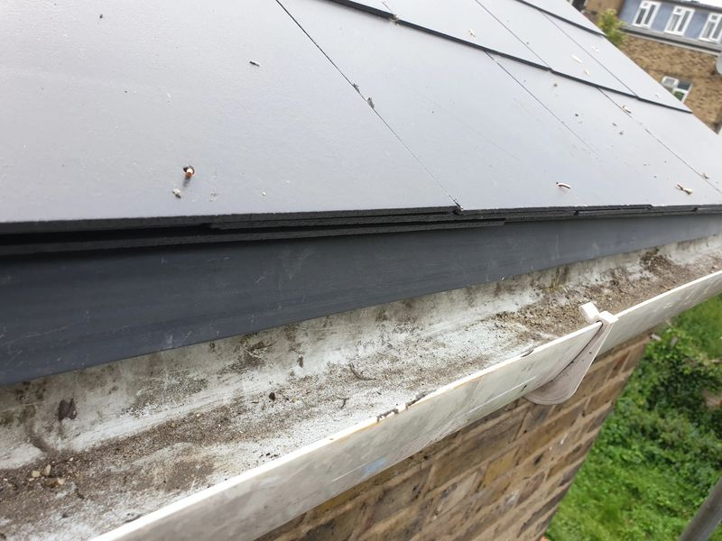 Eave trays install to gutter makes a tidier finish at the eaves level and stops undersarking rot at the bottom of the roof.