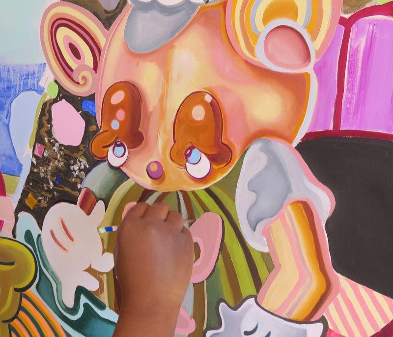 Alake hand bear painting