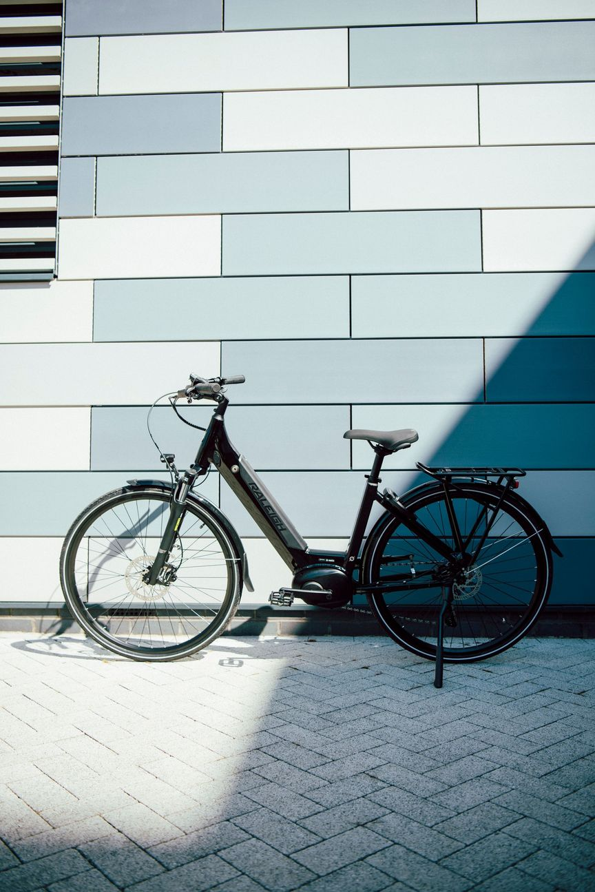 Picture of a hybrid bike