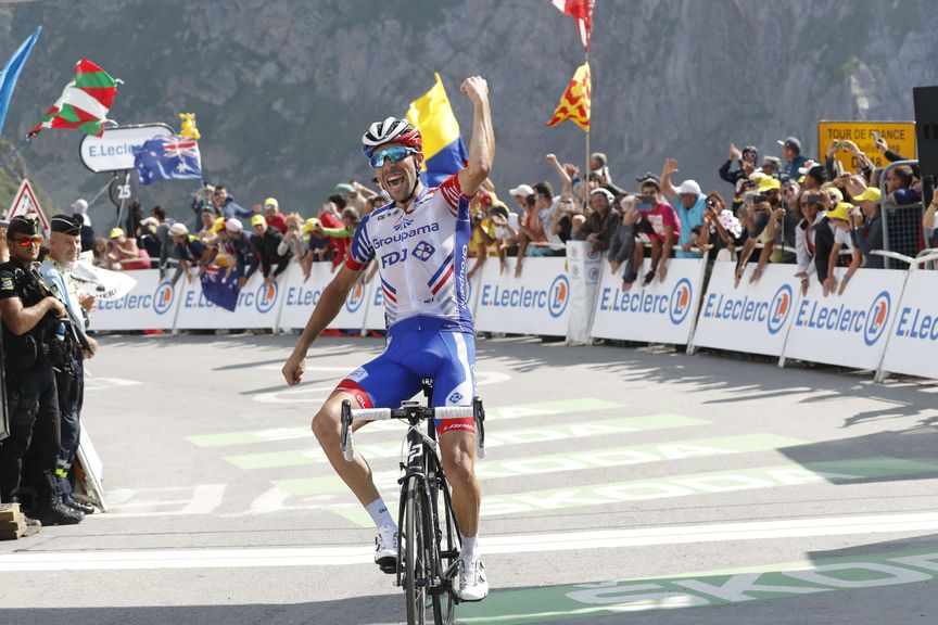 Road technology - Image of professional road cyclist of Team Groupama - FDJ crossing the finish line