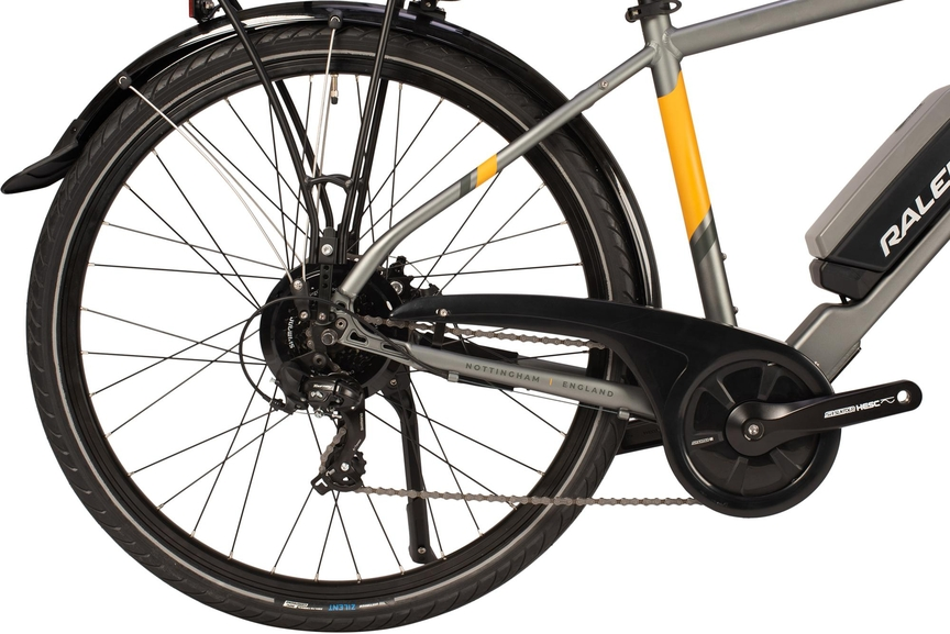 Close-up picture of a Suntour motor for e-bike