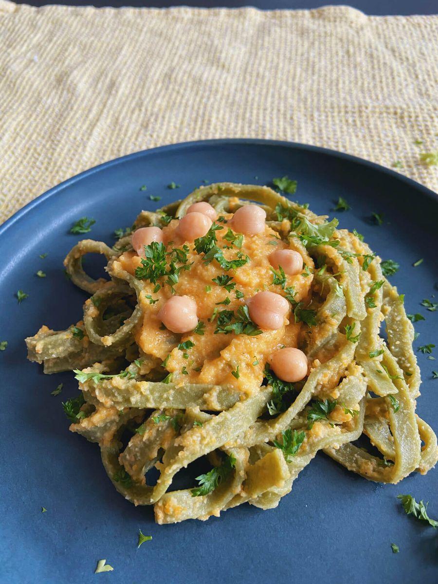 Vegetar - Pasta med kikærtesauce