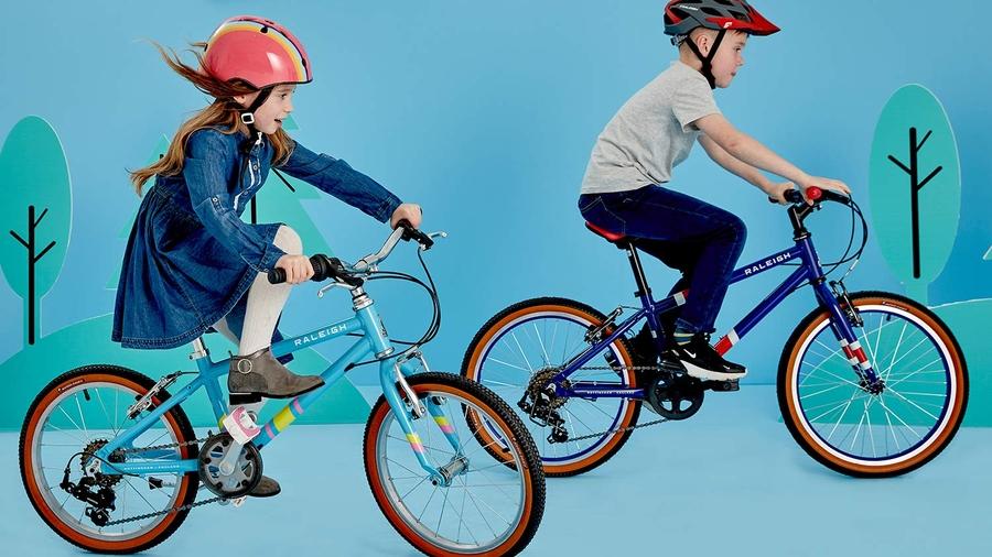 Children riding the Raleigh POP Kid's bikes