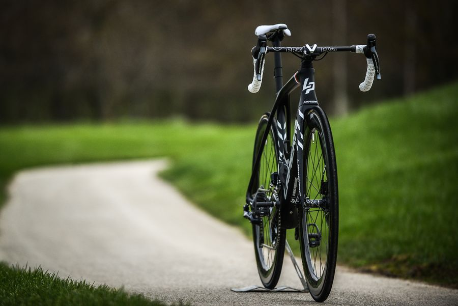 Aircode DRS bike