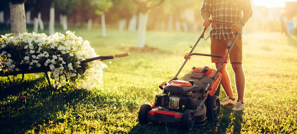 Gartenmöbel, Geräte und Werkzeug einlagern