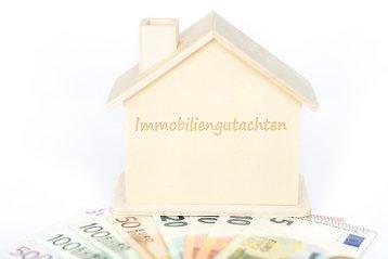 Kostenpunkt Immobilienbewertung: Was kostet ein Wertgutachten?