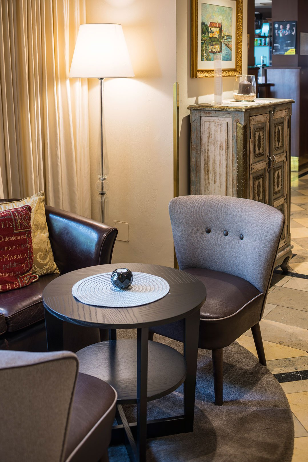 Indoor Hotel Furniture