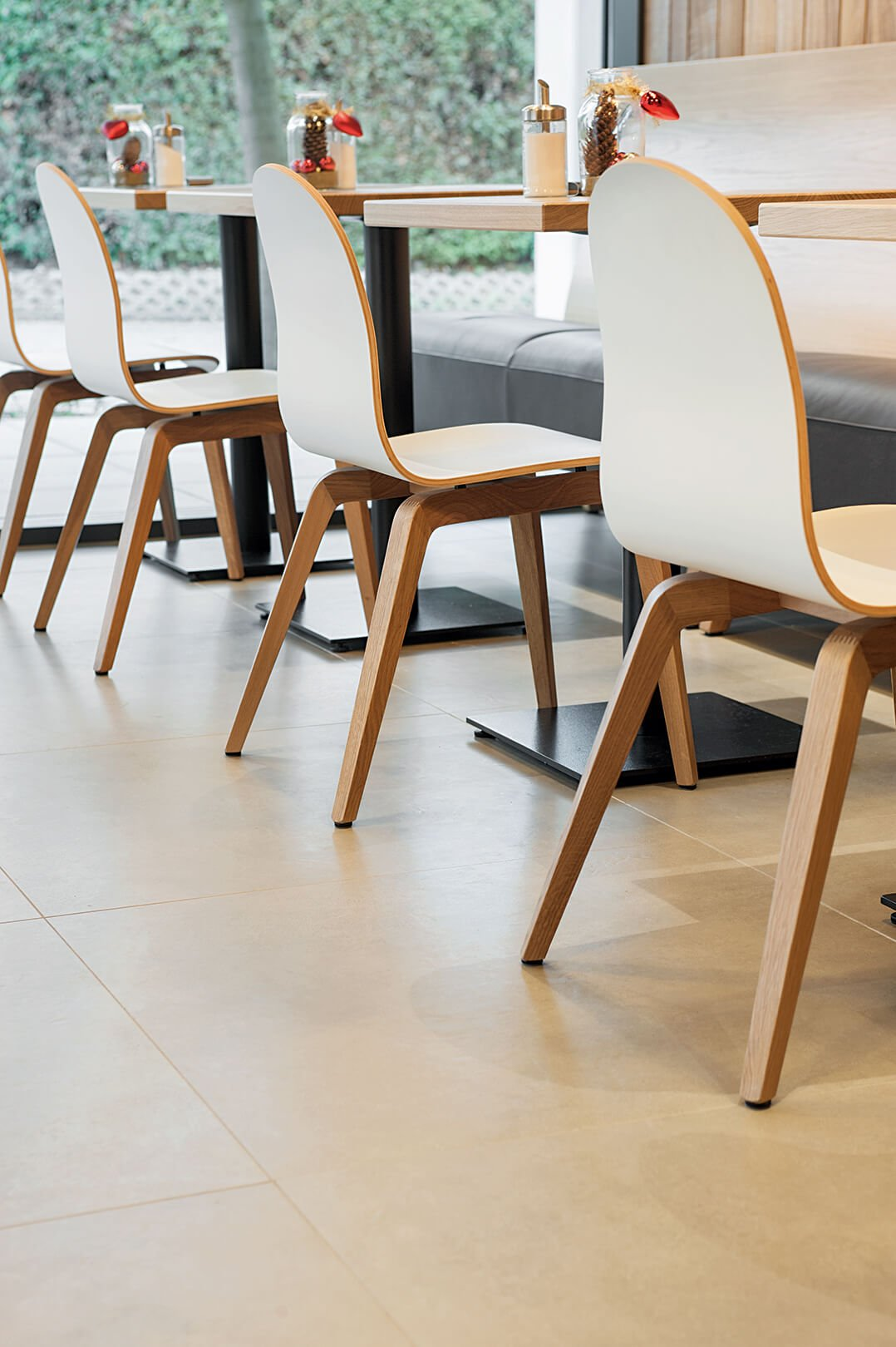 Indoor Chair systems for your restaurant or hotel