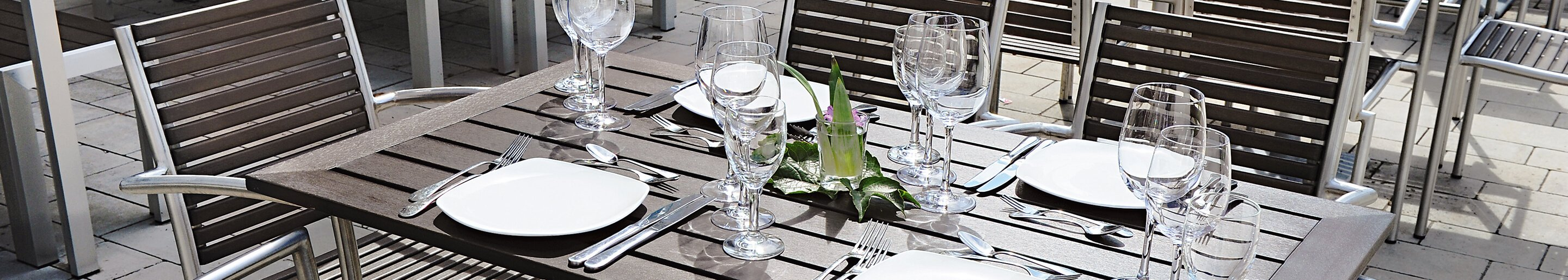 Weatherproof table tops for your restaurant, hotel or beer garden