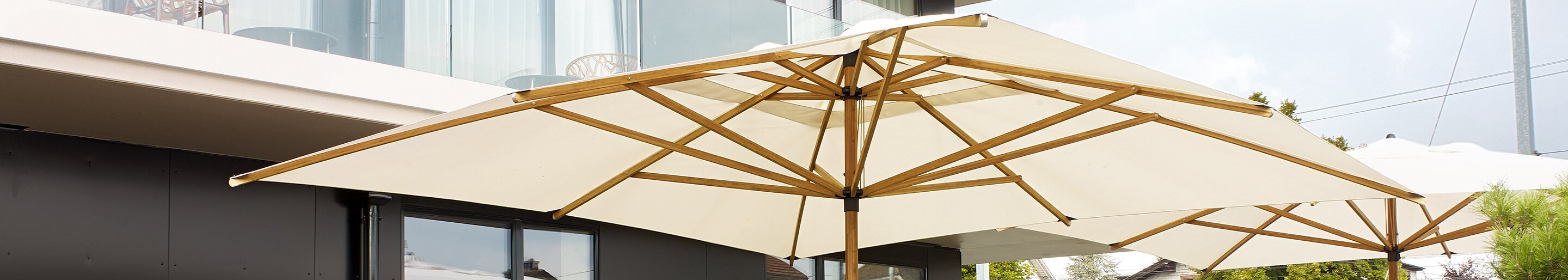 Outdoor Sun shades for your restaurant or hotel